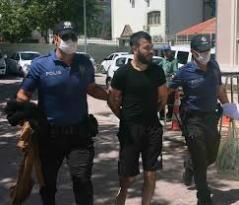POLİS KIYAFETİYLE 600 BİN TL ÇALDILAR